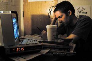 7 thói quen xấu cần bỏ ngay lập tức sau 10 giờ tối