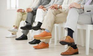 Phát hiện nhiều nguy cơ mắc bệnh khi ngồi bắt chéo chân