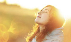 Ánh nắng mặt trời có lợi cho cơ thể nhiều hơn bạn nghĩ