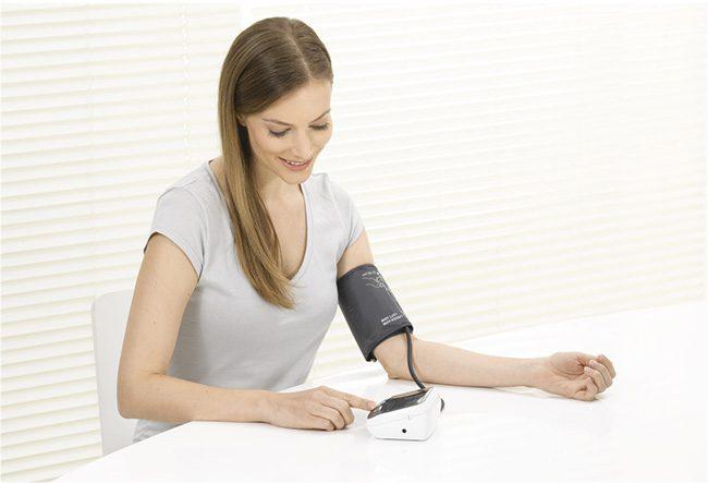 Máy đo huyết áp bao nhiêu tiền?