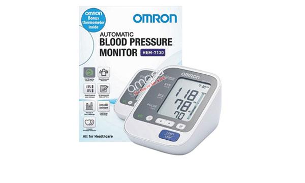 Khi mua máy đo huyết áp tặng khăn tắm Omron