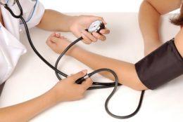 máy đo huyết áp omron của nhật