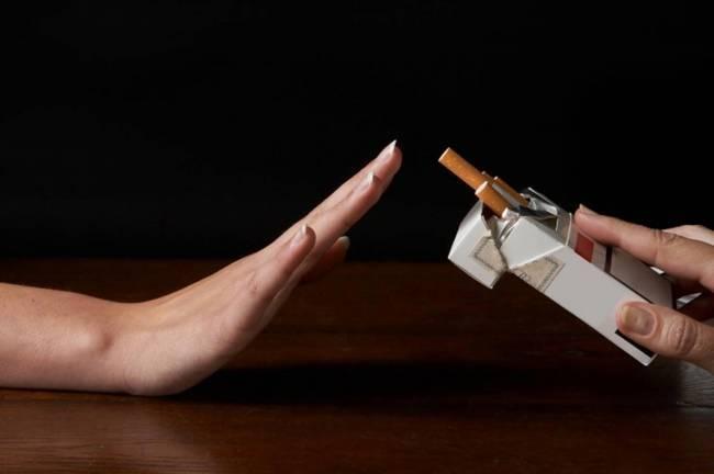 thuốc lá là nguyên nhân dẫn đến tăng huyết áp