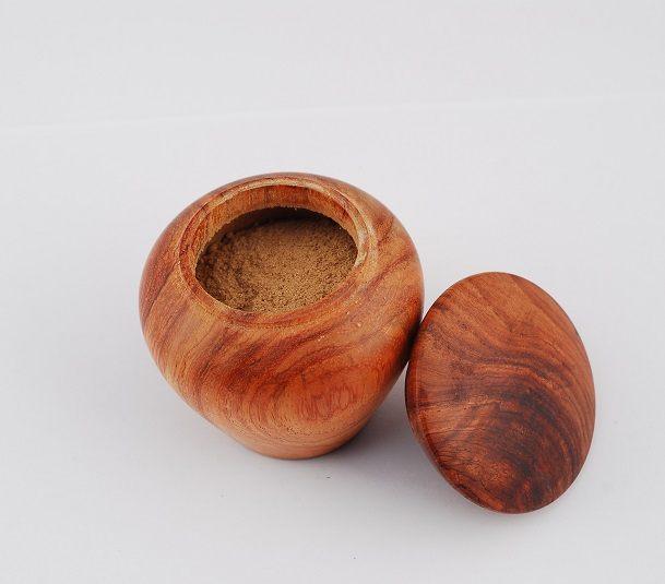 trầm hương giúp chữa bệnh xương khớp