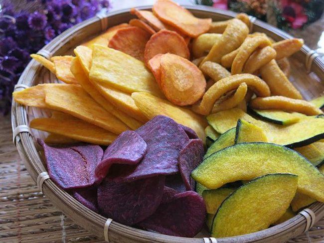 giảm cân không nên ăn trái cây sấy khô