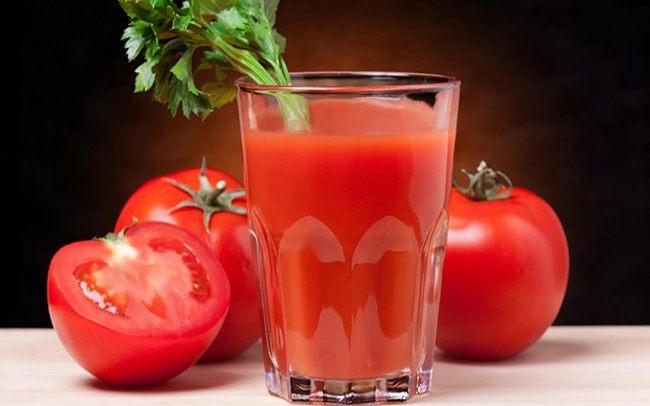 Nước ép cà chua rau cần