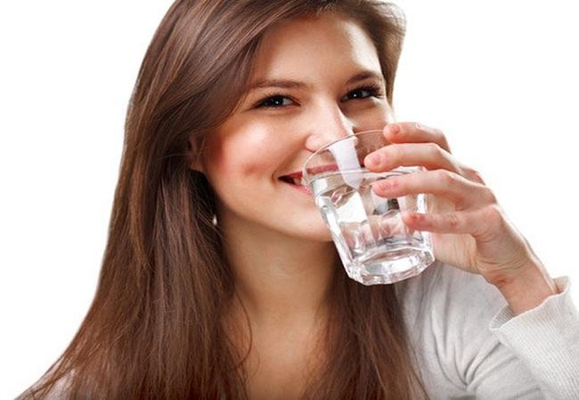 Uống nhiều nước mang đến hiệu quả giảm cân tốt hơn