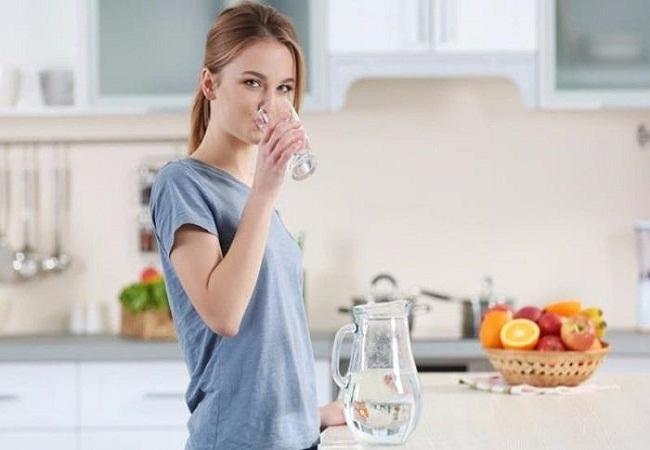 Uống nước giúp giảm căng thẳng